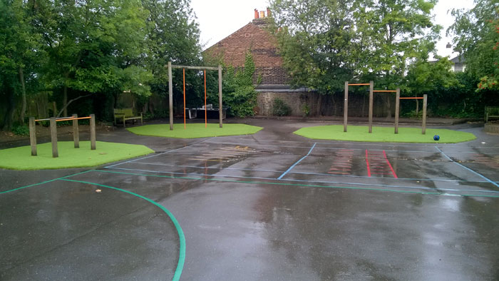 Wet Pour Artificial Grass Overlay - Artificial Grass Sports Area London Surrey Hampshire Sussex Hardwood Play Equipment, Play Equipment Manufacturer, Play Area Specialist, Safety Surfacing