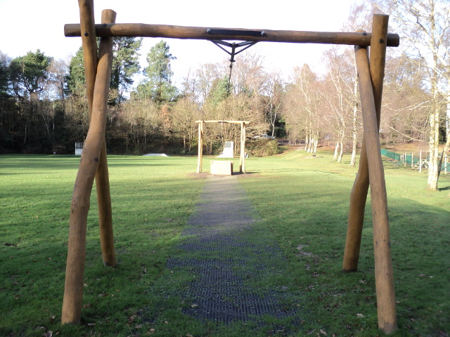 Hardwood Robinia Carron Lane Midhurst - Aerial Runway Robinia Playground Equipment Manufacturer Surfacing Specialist West Sussex Surrey Hampshire