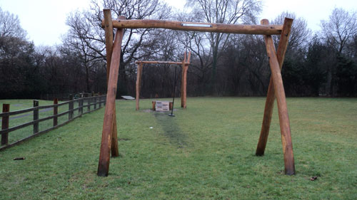 Hardwood Robinia Timber Sunnyside Recreation Ground - Robinia Playground Equipment Manufacturer Safety Surfacing Specialist West Sussex Surrey Hampshire