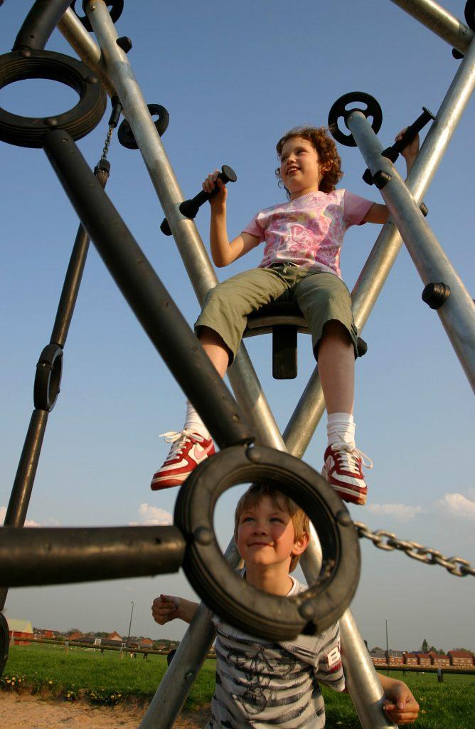 Independent Playground Equipment Installer - Playground Installation Safety Surfacing Wet Pour Safamulch Artificial Grass West Sussex Hampshire