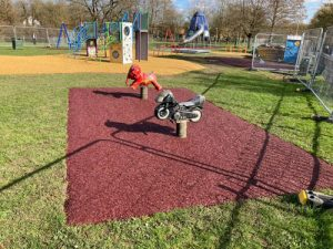 Playsafe Playgrounds - SafaMulch Rubber Surfacing - Independent Playground Safety Surfacing Installer West Sussex Surrey Hampshire